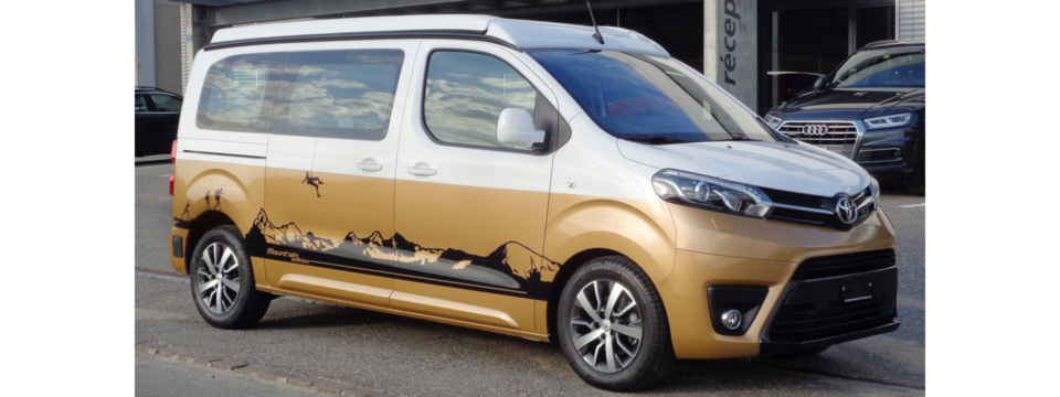 Car Wrapping Toyota Pro Ace Verso
